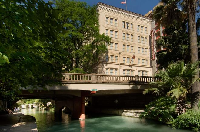 Drury Inn & Suites San Antonio Riverwalk - San Antonio - Building