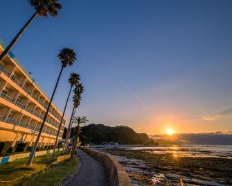 Hotel Green Plaza Kamogawa - Kamogawa - Buiten zicht