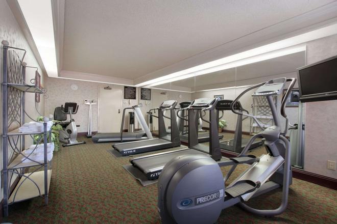 Days Inn Longview South - Longview - Gym