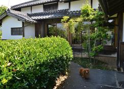 Kotorian - Sakurai - Extérieur