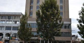 Azzeman Hotel - Addis Ababa