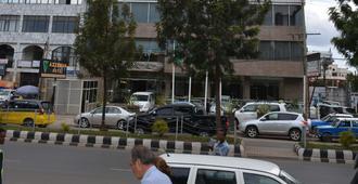 Azzeman Hotel - Addis Abeba