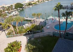 Clearwater Beach Hotel - Clearwater Beach - Building