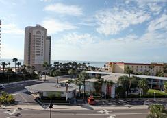 Clearwater Beach Hotel - Clearwater Beach - Outdoors view
