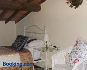 Casa Marchi - Bagni di Lucca - Bedroom
