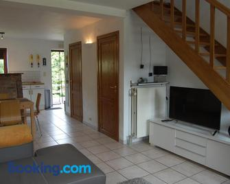 Appartement Fleurs des champs - Rochefort - Living room
