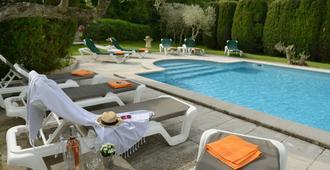 Villa Glanum - סן-רמי דה-פרובאנס - בריכה