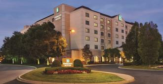 Embassy Suites by Hilton Louisville East - Louisville - Bygning