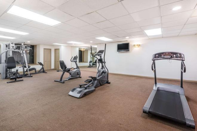 Ramada by Wyndham Pottsville/Frackville - Pottsville - Gym