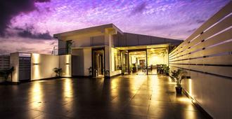 J Hotel - Порт-Блэр
