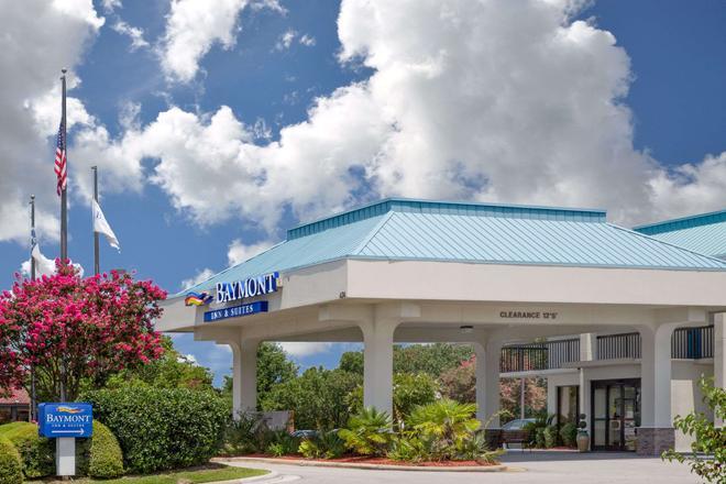 Baymont by Wyndham Camp Lejeune - Jacksonville - Building