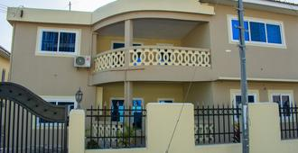 Brannic Lodge - Hostel - Accra