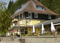 Gasthaus Löffelschmiede - Titisee-Neustadt - Rakennus