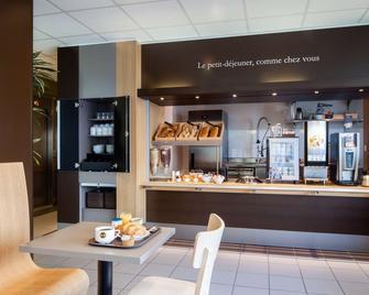 B&b Hotel Lille Tourcoing Centre - Tourcoing - Buffet