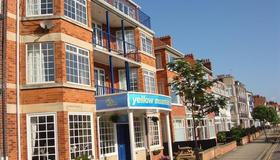 Yellow Mountain Hotel - Skegness - Building