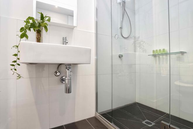Aura On Flinders Serviced Apartments - Melbourne - Phòng tắm