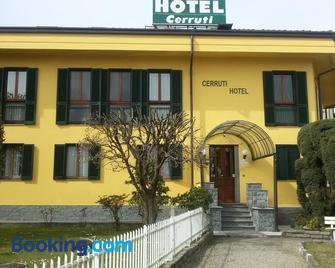 Cerruti Hotel - Vercelli - Building