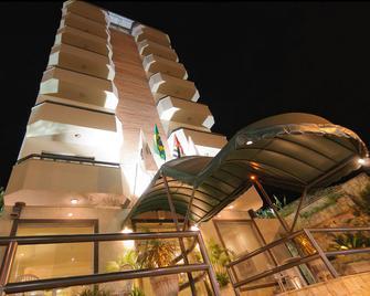 塞拉内格拉蒙塔納酒店 - 塞拉內格拉 - 賽拉 尼格拉 - 建築
