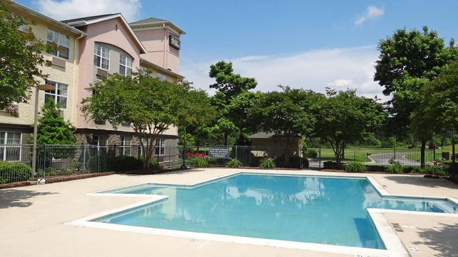 Extended Stay America - Memphis - Wolfchase Galleria - Memphis - Pool