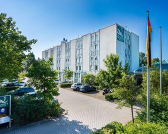 Quality Hotel Hof - Гоф - Building