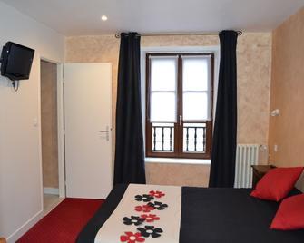 Hôtel du Lion Vert - Luxeuil-les-Bains - Ložnice