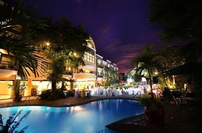 Hotel Fleuris Palawan - Puerto Princesa - Πισίνα