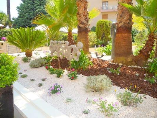 Hotel Diana - Vence - Outdoor view