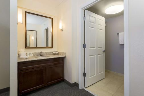 Homewood Suites by Hilton - Ft. Worth North - Fort Worth - Phòng tắm