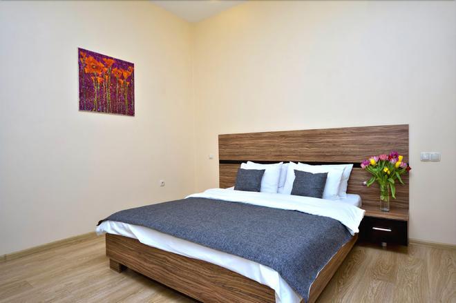 星期天公寓酒店 - 基輔 - 臥室