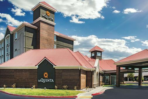 La Quinta Inn & Suites by Wyndham Las Vegas Summerlin Tech - Las Vegas - Edificio