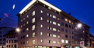 هوتل دي بازيل - بازل - مبنى