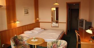 Hotel Monica - Prag - Schlafzimmer