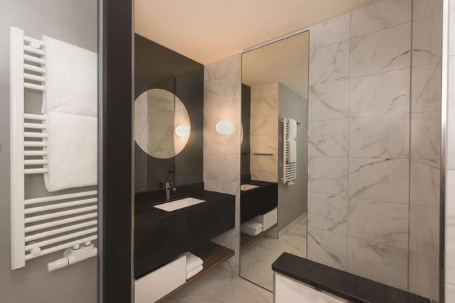 紐倫堡亞迪納公寓酒店 - 紐倫堡 - 紐倫堡 - 浴室