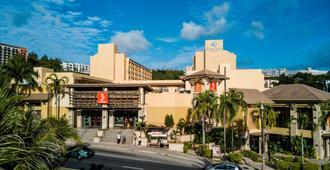 Guam Plaza Resort & Spa - טאמונינג - בניין