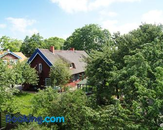 Guest House Vasara - Ніда - Building
