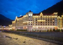 Radisson Hotel, Rosa Khutor, Sochi - Estosadok - Edificio