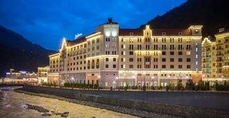 Radisson Hotel, Rosa Khutor, Sochi - Estosadok - Building