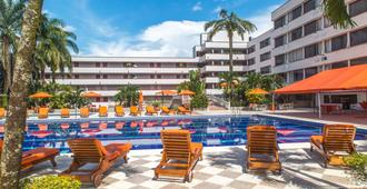 Hotel Del Llano - וילהויצ'נסיו