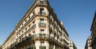 West End Hotel - Paris - Building