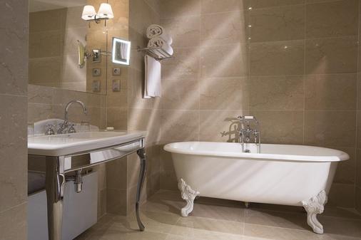 西端酒店 - 巴黎 - 巴黎 - 浴室