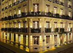 West End Hotel - Paris - Building