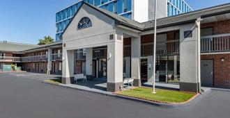 Econo Lodge Downtown - אוגוסטה