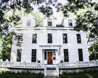 Judson Heath Colonial Inn - Saugatuck - Gebäude