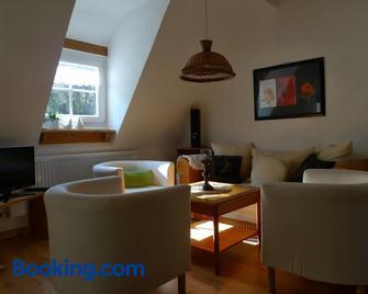 Ferienwohnung Geiernest - Ochsenfurt - Living room