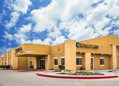 Quality Inn - Winslow - Building