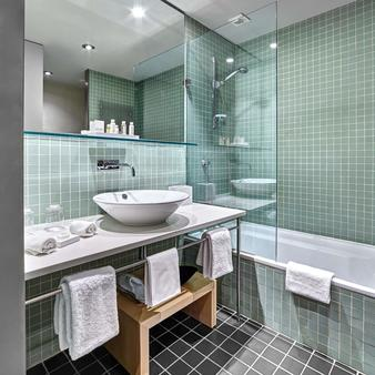 Gran Hotel Domine Bilbao - Μπιλμπάο - Μπάνιο