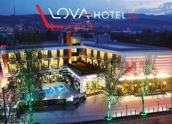 洛瓦水療酒店 - 亞洛瓦 - 亞洛瓦 - 建築