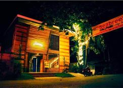 Seabreeze Lodge And Cafe - Dipolog - Bâtiment