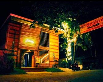 Seabreeze Lodge And Cafe - Dipolog - Building