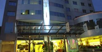 Plaza Real Suites Hotel - Rosario - Edificio